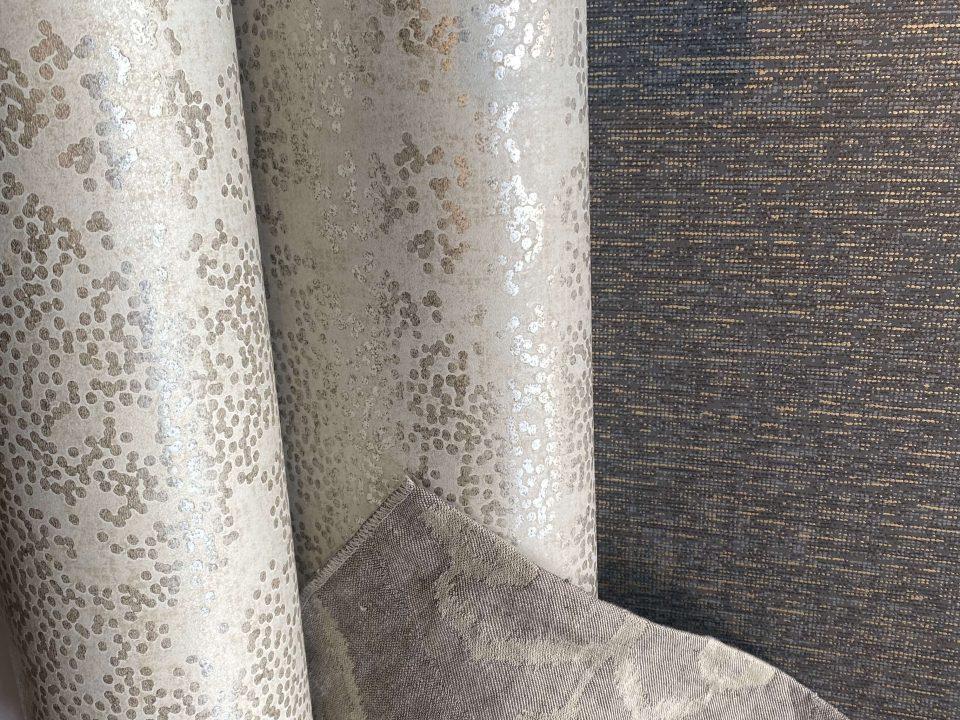 Mooie gordijnen op maat, behang van ROMO